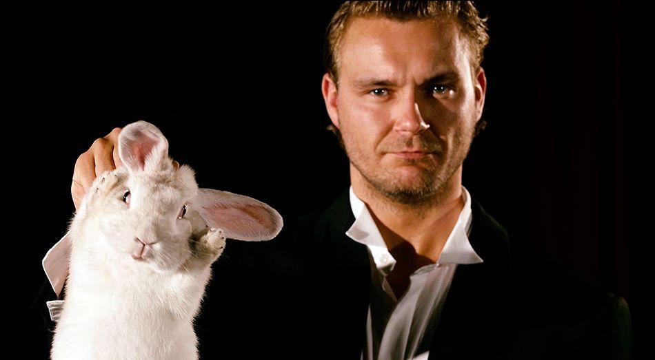 Sebastian Tessenow und sein Kaninchen(problem) © MDR