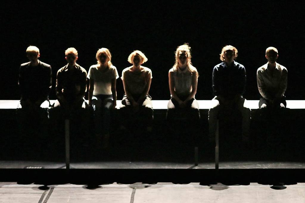 Macht et joot ... Das Schauspielstudio beim Abschlussvorspiel © Rolf Arnold