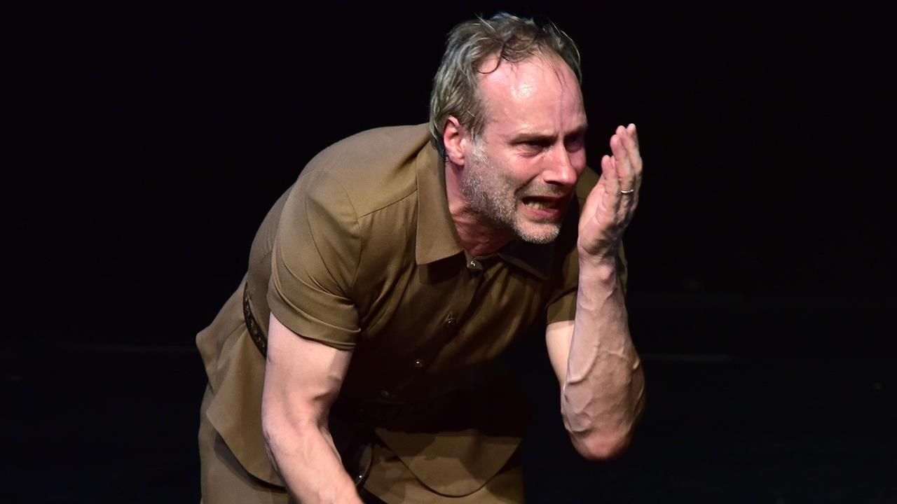 Wolfram Koch spielt Einar Schleef © Ruhrfestspiele Recklinghausen/Reiner Kruse
