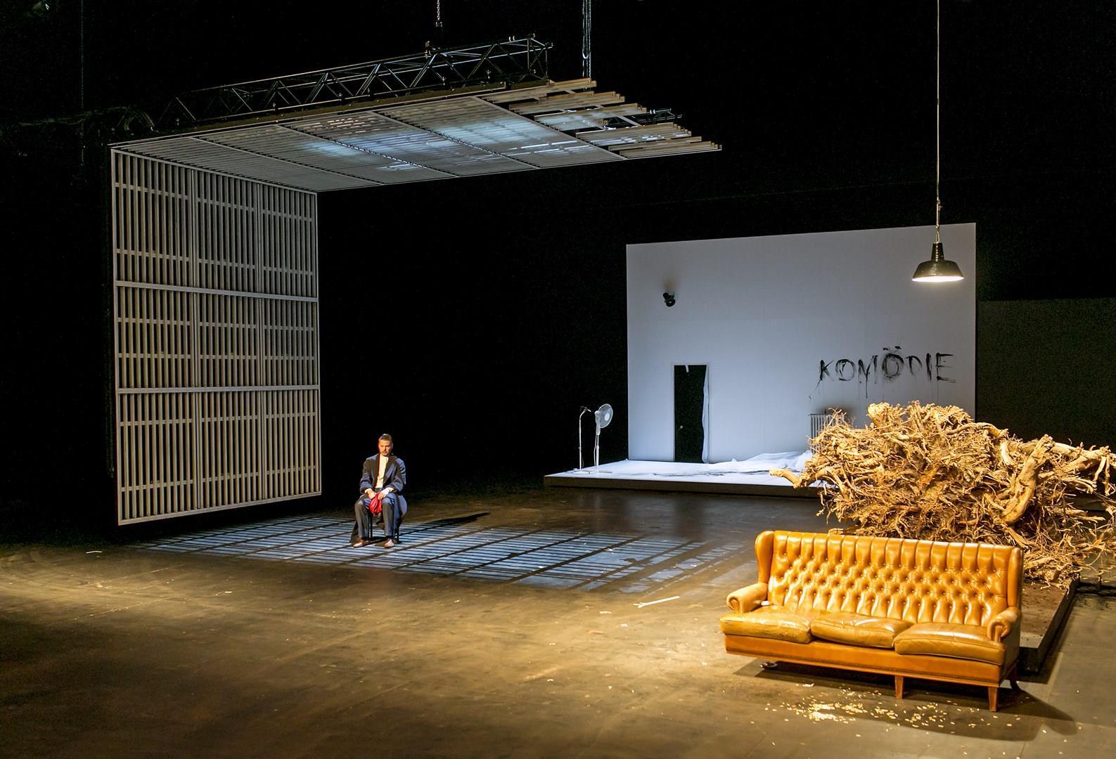 Iwanow Schauspiel Köln © David Baltzer