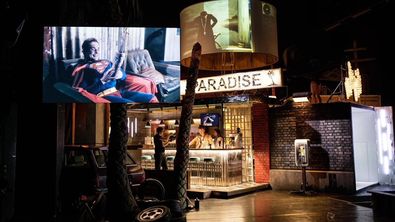 """In """"Das 1. Evangelium"""" am Schauspiel Stuttgart © JU"""