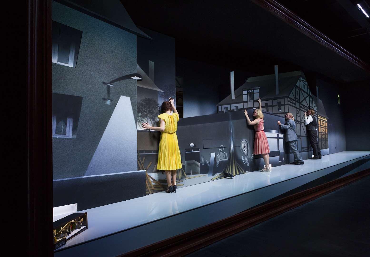 Das Bühnenbild aus Wolkenheim von Titus Schade © Rolf Arnold