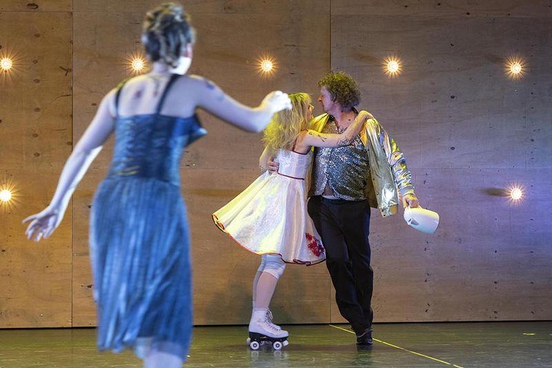 "Theater Bonn ""Liliom"" © Thilo Beu"
