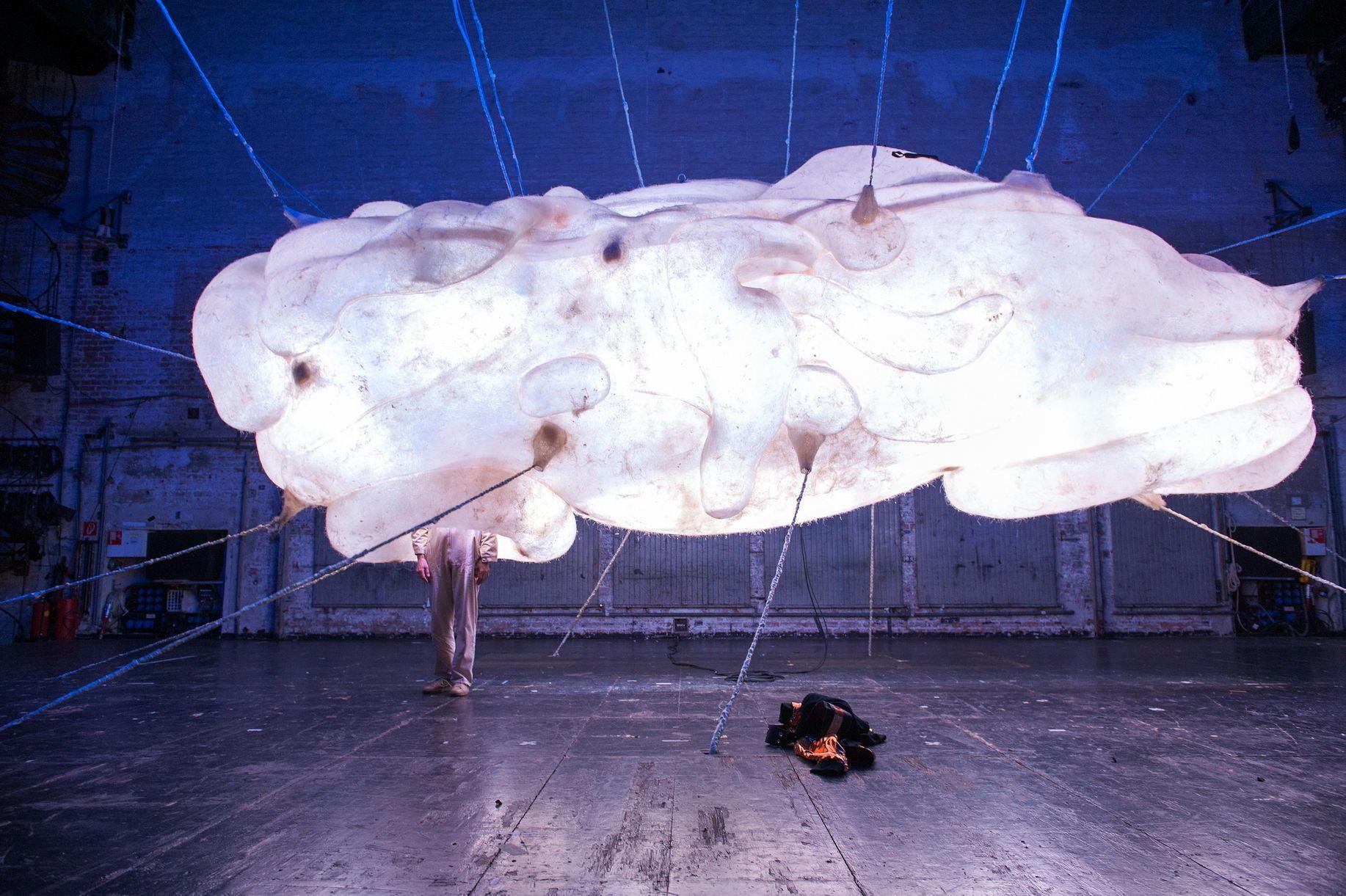 Die Welt im Rücken © Reinhard Werner/Burgtheater
