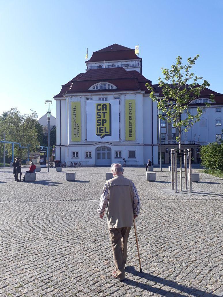 Dieter Jaßlauk auf dem Weg zu seiner letzten Vorstellung © Denis Petković